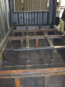 Unser Stahlbau: vollverschweißter Stahl-Doppelboden für höchste Lasten